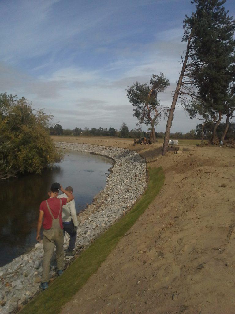 brzeg-rzeka-2