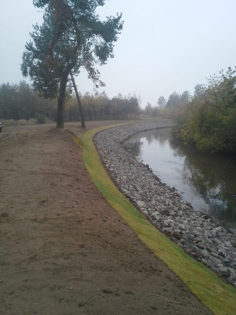 brzeg-rzeka-3